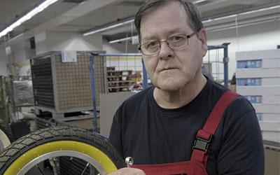 """""""Die Roller zusammenzubauen macht mir Spaß!"""""""
